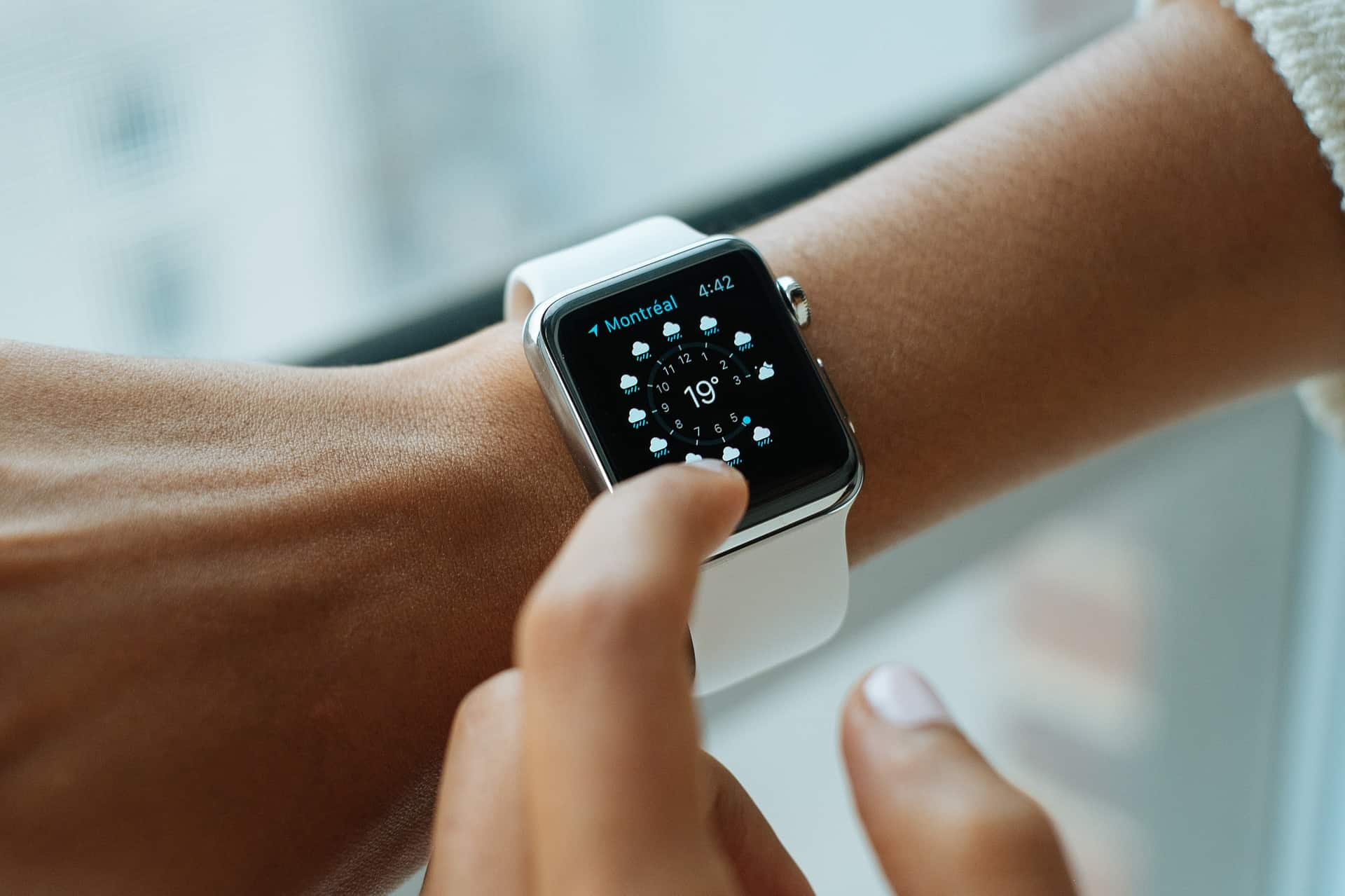 Apple transforming gadget Watch to medical device